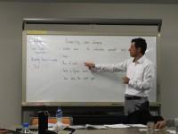 会社で英語研修やってます!